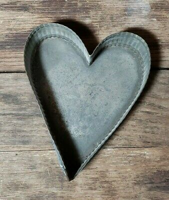 Vintage Antique Tin Heart Cookie Cutter Tart Mold Scalloped Sides ~Folky~Unusual