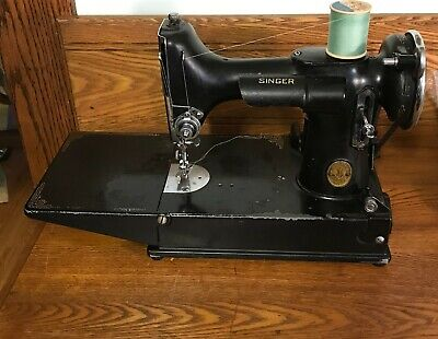 Singer Featherweight 221-1 Sewing Machine w/ Case & Lots Accessories 1936