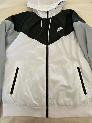 Original Nike Men's Or Boys Windrunner Hooded Jacket - Size M  Great Condition