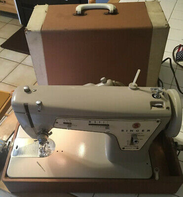 Vintage Singer Model 237 Fashion Mate Sewing Machine w Case Pedal Needle Working