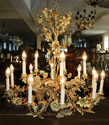 Fantastic Early 20th Century French Gilt Bronze Floral 14 Light Chandelier