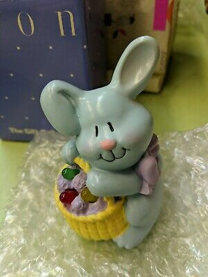 Avon Hoppy Easter Light up Musical Bunny Rabbit Figurine Plays Peter Cottontail