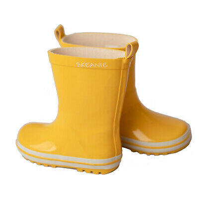 NEW SKEANIE KIDS Kids Gumboots in Yellow. Sizes EU22 to EU35.