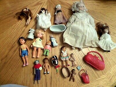LOT 2  OF VINTAGE SMALL BABY DOLLS  junk drawer most are in great shape