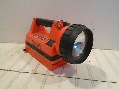Streamlight Litebox Firefighter Search Light & Vehicle Charger WORKS