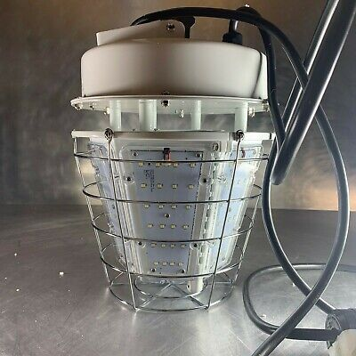 LED Temporary Jobsite Lighting Fixture • 277VAC • Has Extra Outlet Built In!