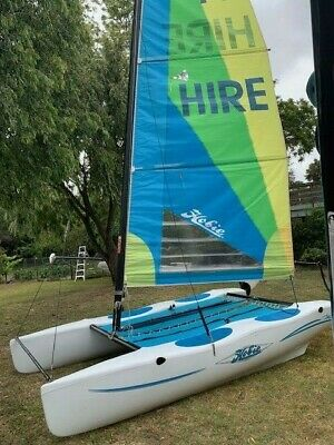 Hobie Wave Catamaran 13Ft - Great for beginners, families and youngsters!