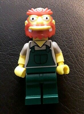 #13 Simpsons Lego Minfigure Series 2 Groundskeeper Willie 71009