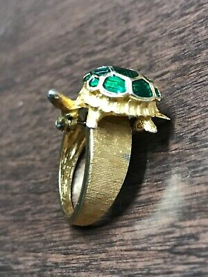 Vintage Gold Tone Ring With Removable Green Turtle Brooch Pin Costume Jewelry M