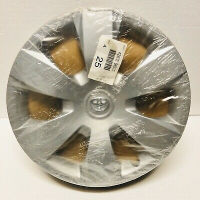 Toyota Camry OEM Hubcaps Set 16 inch  42602 06010 2007 2008 2009 2010 2011
