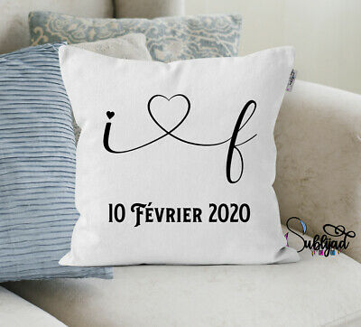 Cushion cover personalized with the initials and the date of your choice