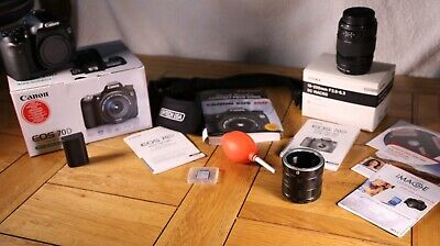 Canon EOS 70D 20.2MP Digital SLR Camera - Black (Kit with EF-S 18-135mm IS...