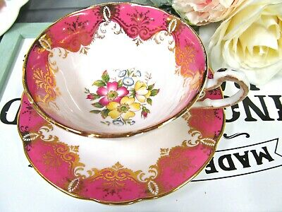 PARAGON tea cup and saucer PINK teacup with pretty flowers gold gilt cup 1940s