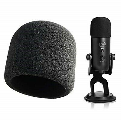 Blue Microphones Yeti USB Microphone - Blackout edition (with pop filter)