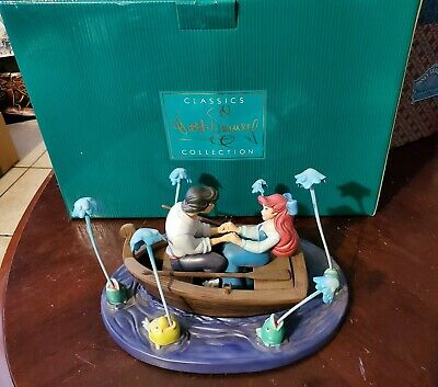 "WDCC The Little Mermaid Eric & Ariel ""Kiss The Girl""  + Box and COA"
