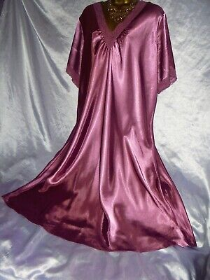 Stunning  vtg  silky rose satin  gown  beautiful lilac   62 chest 22 cd/tv xxl