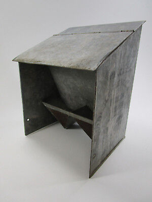 Vintage pigeon feeder jenks double thruogh stall Fred Morse 1908 Providence RI