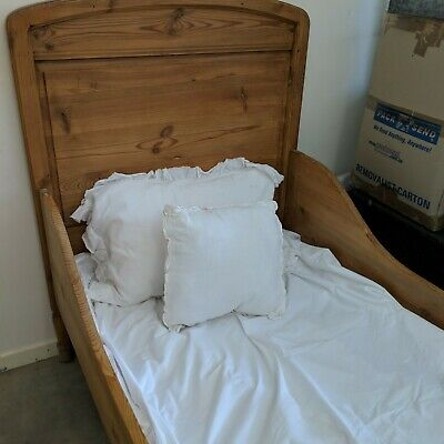 Beautiful Antique french 2 x kuds beds