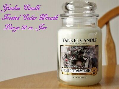 Yankee Candle USA Rare Frosted Cedar Wreath Wax Tart