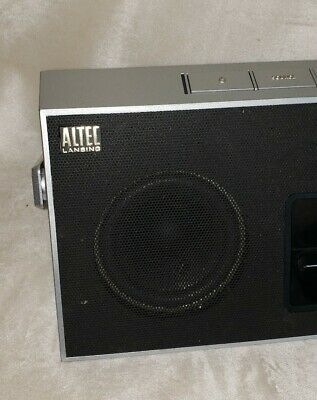 Altec Lansing iMT620 inMotion Classic Portable iPod Dock with Rechargeable Batte