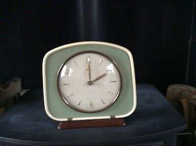 Vintage Smiths mantle clock. True 60s style.