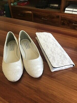 Ivory Lace Wedding Ballet Flats and Clutch size 7