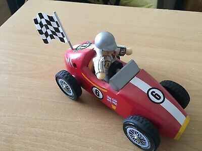 Le Toy Van Budkins Wooden Red Retro F1 Racer Racing Car with Driver & Flag