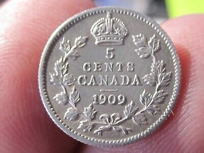 1909 CANADA 5 CENT COIN - Pointed Leaves Variety - AU Cond - Silver