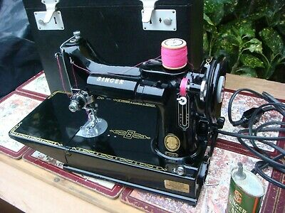Vintage Old Antique  Featherweight Singer sewing machine Model 221k See Video