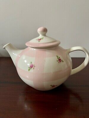 Robert Gordon Collectable Gingham and Roses Teapot