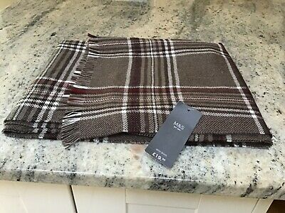 Marks And Spencer Mens New With Tags Rrp £19.50 One Size 11% Wool Scarf.
