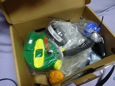 2010 New Children, Kids Babies Israeli Protective Kit Gas Mask Age 0-8 NEW / TOM
