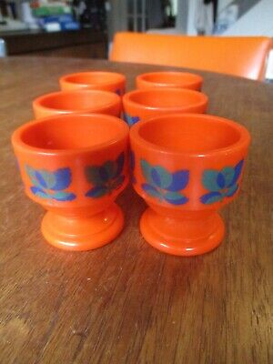 VTG RETRO PLASTIC WEST GERMAN EMSA ORANGE EGG CUPS X 6 BLUE FLOWER POWER 60s 70s