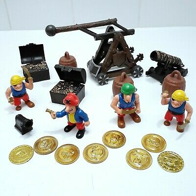 "36 Piece /""PIRATE MEN ADVENTURE SET/"" Toy Pirates Figures /& Scene Mat"