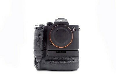 Used Sony Alpha A7R III, with Sony VBC-3EM Battery Grip