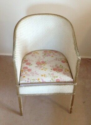 Small old vintage woven bedroom chiar with commode