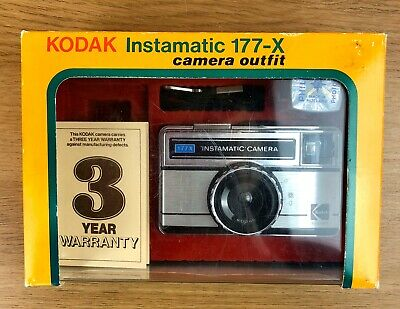 Vintage Kodak Instamatic 177-X Camera Outfit Lomography Retro Boxed