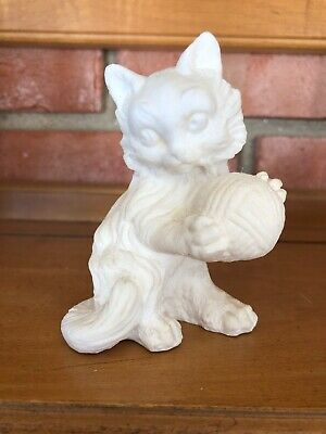 Vintage Cat Kitten Ball of Yarn Sculpture Figurine A Santini ? Made in Italy