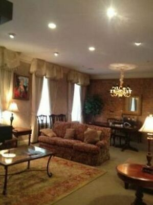 New Orleans Two Bedroom One Bathroom Apartment Suite in French Quarter