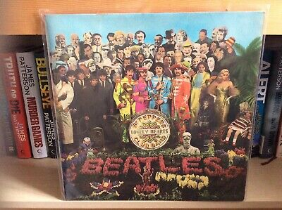 "The Beatles ""SGT Peppers Lonely Hearts Club Band"" Vinyl LP Stereo PCS7027"