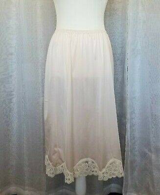 VINTAGE Scallop Rose Lace Trim Silky Nylon Antron Slip by Vanity Fair Lt Pink M