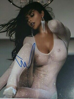 Abigail Ratchford Hand Signed 8x10 Photo w/Holo COA