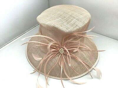 Ladies Pale Pink Hat Weddings/Races/Occasions By Hat Box Good Condition