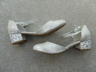 Monsoon Storm Junior Girl's Wedding / Special Occasion Gold Shoes Size 3 BNWT