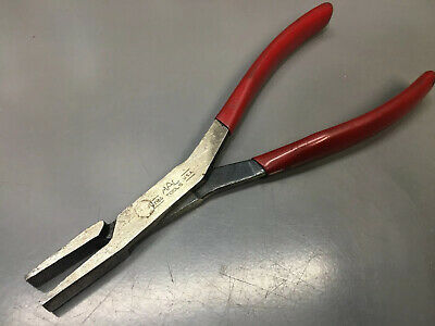 """Mac Tools M108G Duck Bill Nose Red Handle Pliers 8"""" USA.   Retails $42.99"""