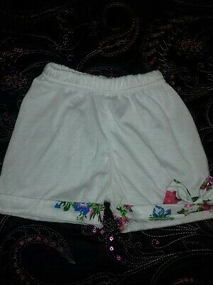 Girls 4 pairs of ass shorts 2/3 good cond