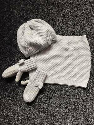 H&M Hat, Mitten and Snood Set - Age 1 1/2 to 4 years - Great Condition