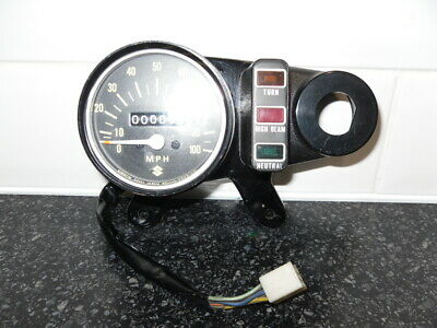 Suzuki Ts100 ? Ts125 ? Rv90 ?? Nos Speedo / Mount Co7