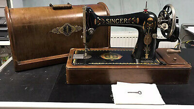 SINGER 66k ANTIQUE SEWING MACHINE 1917 Boxed With Original Key