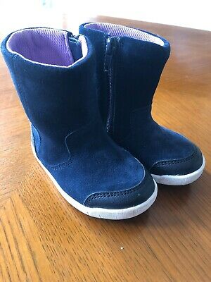 Navy Blue Suede Girls Clarks Boots Size 4.5 Very Good Condition Barely Worn